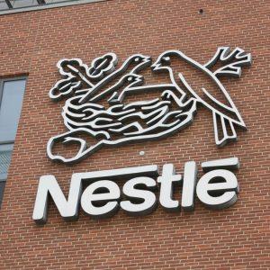 Nestlé vende la controllata Skin Health per 9,3 miliardi