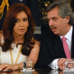 Argentina, il debito pesa: Fernàndez già sotto esame