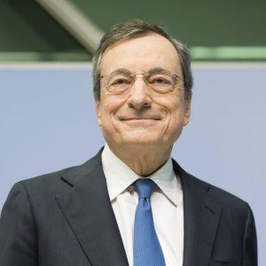 Effetto Draghi sui Btp: rendimenti sotto 0,50%