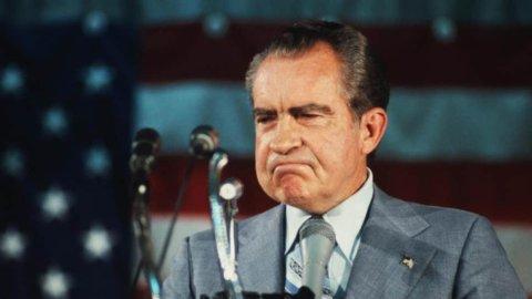 ACCADDE OGGI – Nixon si dimette travolto dal Watergate