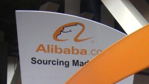 Alibaba riceve maxi multa, ma il titolo decolla a Hong Kong