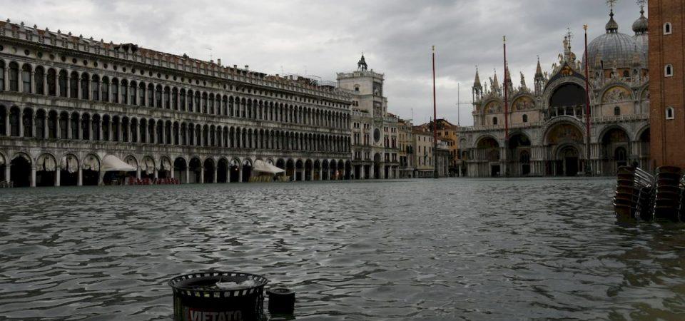 Venezia, nuovo allarme: allagato il 70% del centro storico