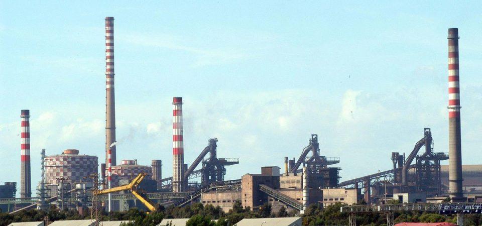 Taranto, non solo Ilva: via alla bonifica del mare