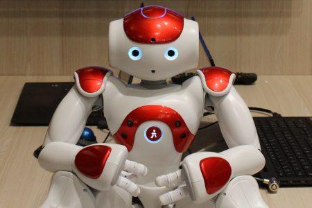 Energia, il robot Nao ci aiuta a spendere meno