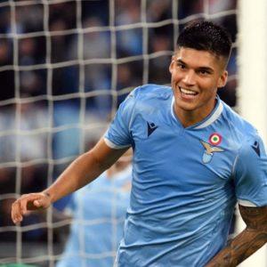 Roma e Lazio difendono la zona Champions ma il Napoli incalza