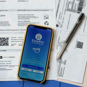Multe e tasse, arriva l'app per pagarle in 37 secondi
