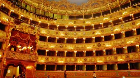 ACCADDE OGGI – Venezia, Teatro La Fenice: il primo incendio 183 anni fa