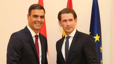"Spagna e Austria, svolte ""creative"" per Sanchez e Kurz"