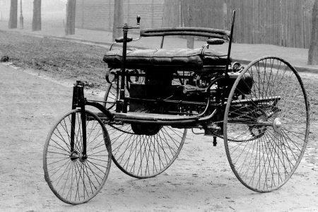 ACCADDE OGGI – Nel 1886 la prima automobile della storia