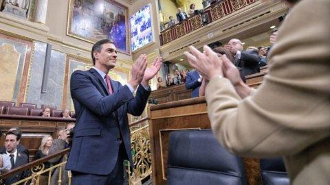 Catalogna: il Psoe primo partito non frena gli indipendentisti