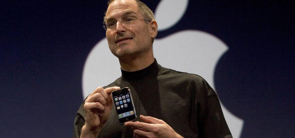 ACCADDE OGGI – iPhone: 13 anni fa lo storico lancio di Steve Jobs