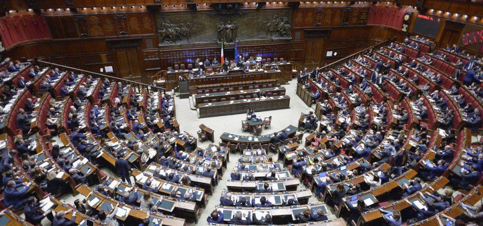 Referendum contro taglio parlamentari: ok della Cassazione