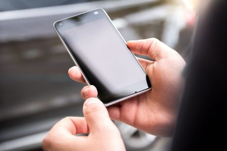 Radio Fm o Dab+? Tregua nella guerra sugli smartphone