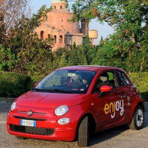 Enjoy e Waze: un'alleanza per muoversi meglio in città