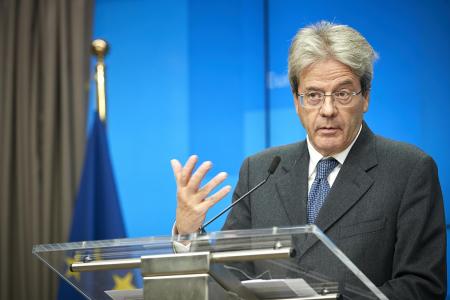 Ue: piano da 100 miliardi contro la disoccupazione