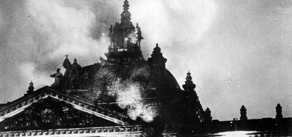 ACCADDE OGGI – Reichstag: l'incendio che nel '33 spianò la strada al Nazismo