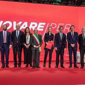 Leonardo punta sui giovani e inaugura l'Aerotech Campus