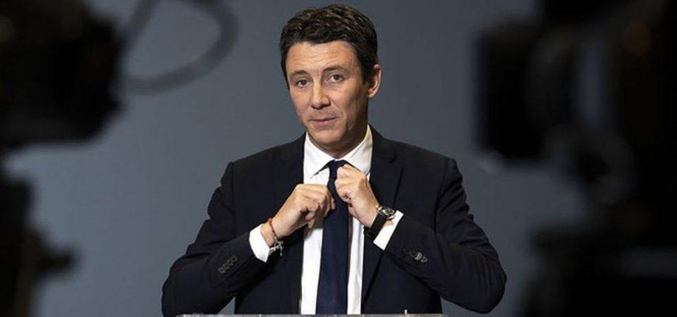 Parigi, il candidato di Macron si ritira per un video sexy