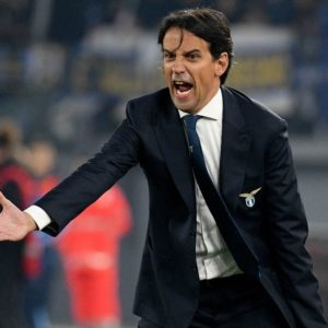 La Lazio tenta il sorpasso della Juve in attesa del derby d'Italia