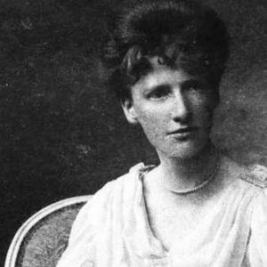 """Englantyne Jebb, la donna che ha scritto la """"Carta dei Diritti dell'Infanzia"""""""