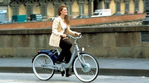 Optima Italia diventa smart: noleggio auto e bici elettrica
