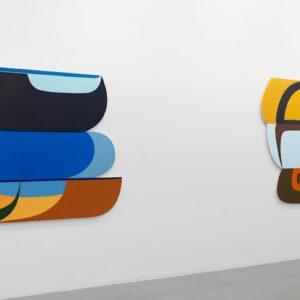 Joanna Pousette-Dart, in mostra opere che si ispirano la curvatura della terra