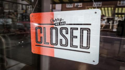 Bar, ristoranti, parrucchieri e alberghi in lotta per la sopravvivenza