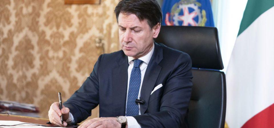 Conte chiude le attività produttive non essenziali in tutta Italia