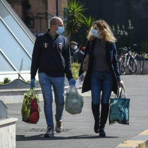 Covid-19, in marzo crollano i consumi: -31,7%