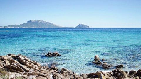 Sardegna: Alitalia riattiva i voli per Roma e Milano