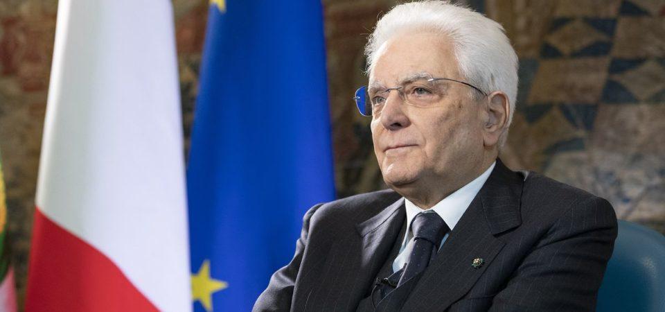 """Mattarella all'Europa: """"Bisogna uscire dai vecchi schemi"""""""