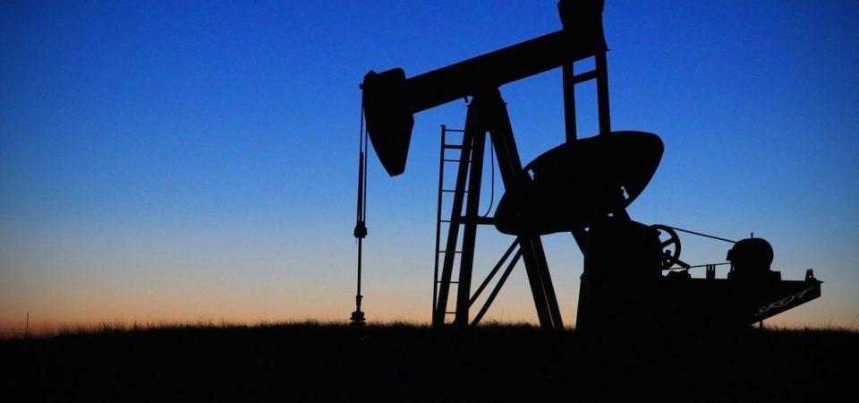 Borsa, petrolio e Cina aiutano il rimbalzo. Giglio +25%