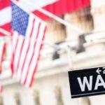 Wall Street scivola e frena l'Europa ma Milano recupera