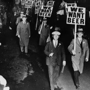 """Centenario del """"Proibizionismo Americano"""": asta online Sotheby's di articoli da bar vintage"""