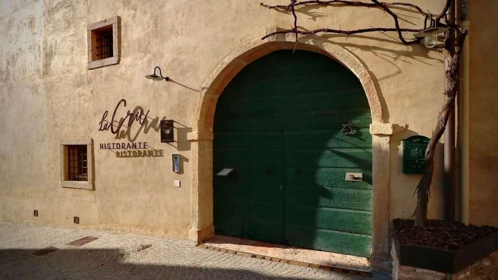 ingresso ristorante La Cru ©AndreaSacchetto