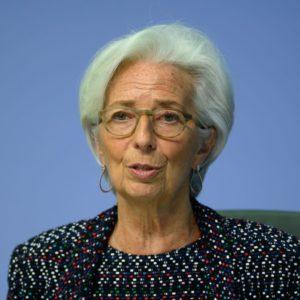 La recessione spaventa le Borse: la Lagarde non basta