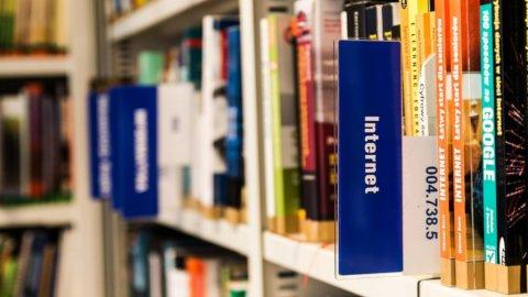 Fase 2 dal 15 aprile: riaprono librerie, cartolerie e imprese in sicurezza