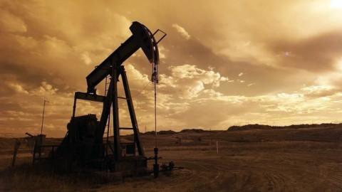 Il petrolio sale ma le Borse soffrono: Nasdaq ancora giù