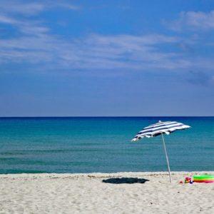 Vacanze in Sardegna tra allarmismo e irrazionalità