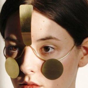 Mascherine e bigiotteria facciale, quando la privacy è design