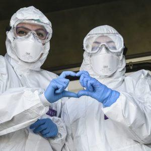 Covid, se l'infermiere rifiuta il vaccino: il caso di Genova