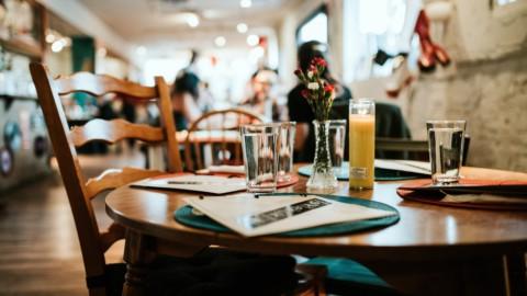 Negozi, bar, ristoranti e parrucchieri: Fase 2 in vista