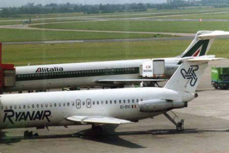 Alitalia: stretta su Ryanair e low cost per salvarla