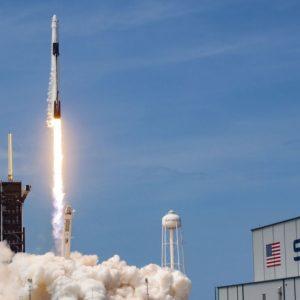 Astronauti Usa nello spazio: in orbita il razzo di Elon Musk – VIDEO