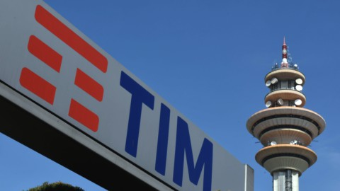 Tim superstar (+9,5%) di Borsa, che supera quota 23 mila