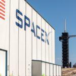 Sulla Luna con Elon Musk: la Nasa sceglie SpaceX
