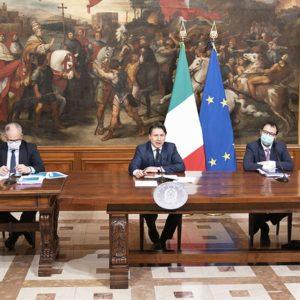 Covid: avviso di garanzia per Conte e 6 ministri, ma sarà archiviazione