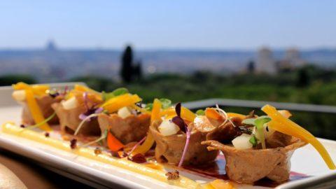 La ricetta di Stefano Marzetti: pasta di grano arso, cacio, pepe e mandorle