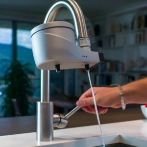 Acqua, basta plastica: il filtro per berla dal rubinetto senza rischi