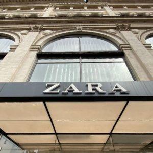 Zara chiude 1.200 negozi e punta tutto sulle vendite online